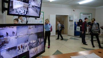 Генпрокурор сообщил о проблемах с охраной школ почти во всех российских регионах